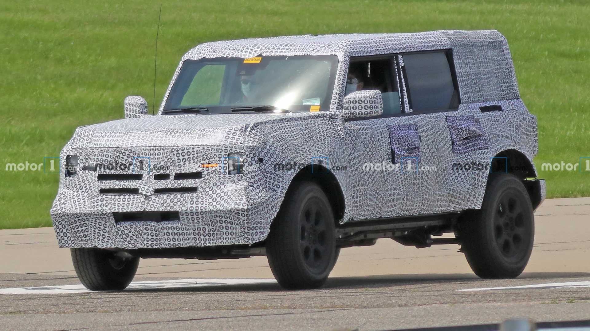 2021 Ford Bronco Getting 7-Speed Manual With Crawling Gear