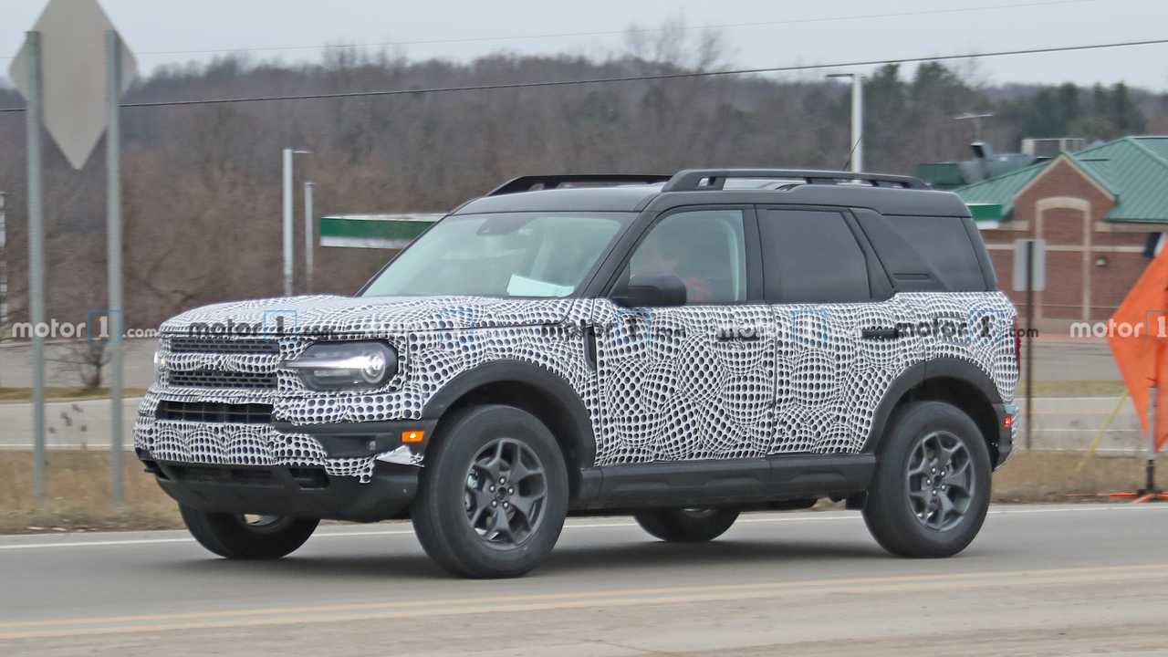 2021 Ford Bronco Sport Spied Barely Concealing Its Orange Body