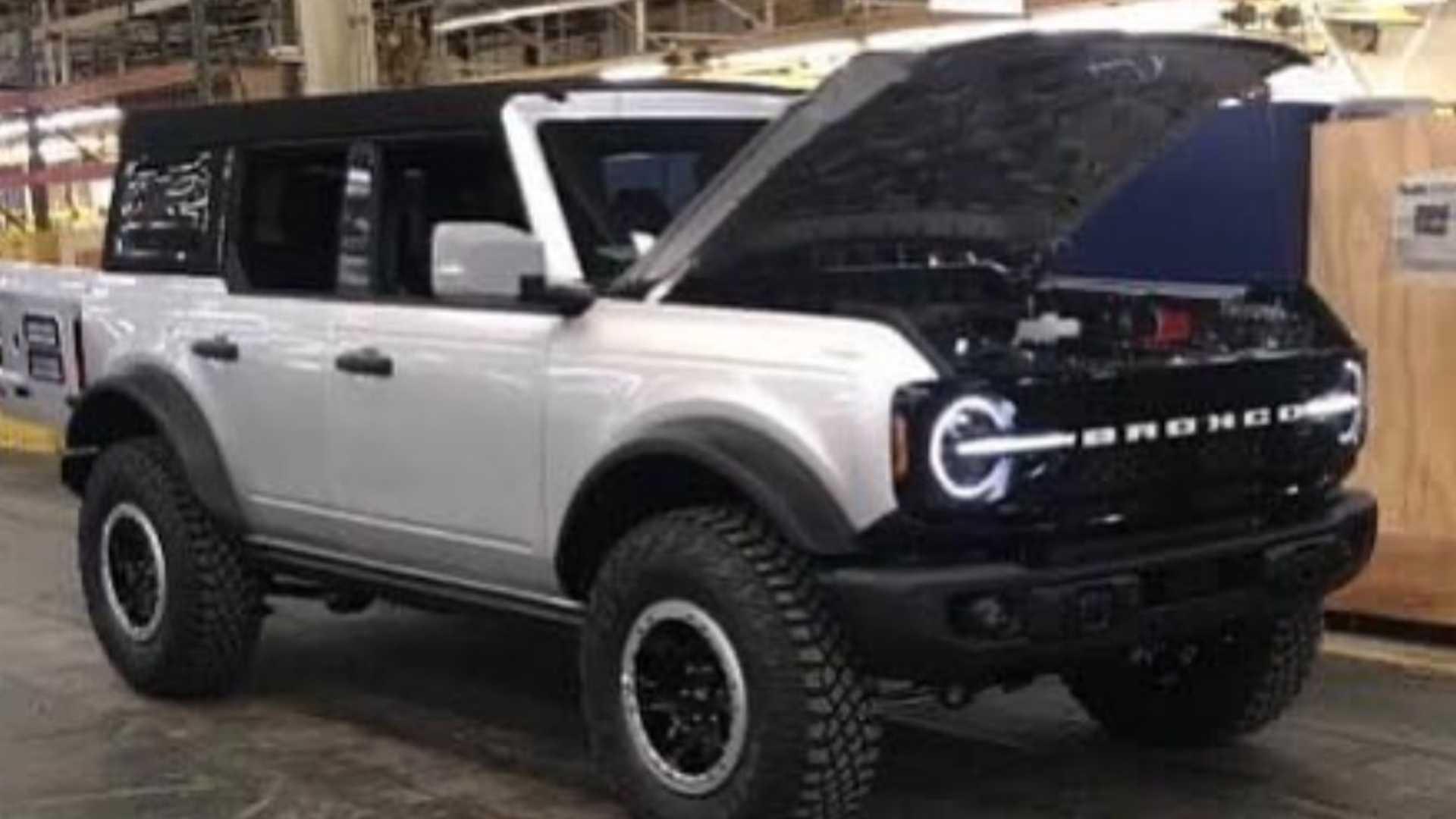 Ford Bronco 2021 : Les Premières Images! - Autoaubaine