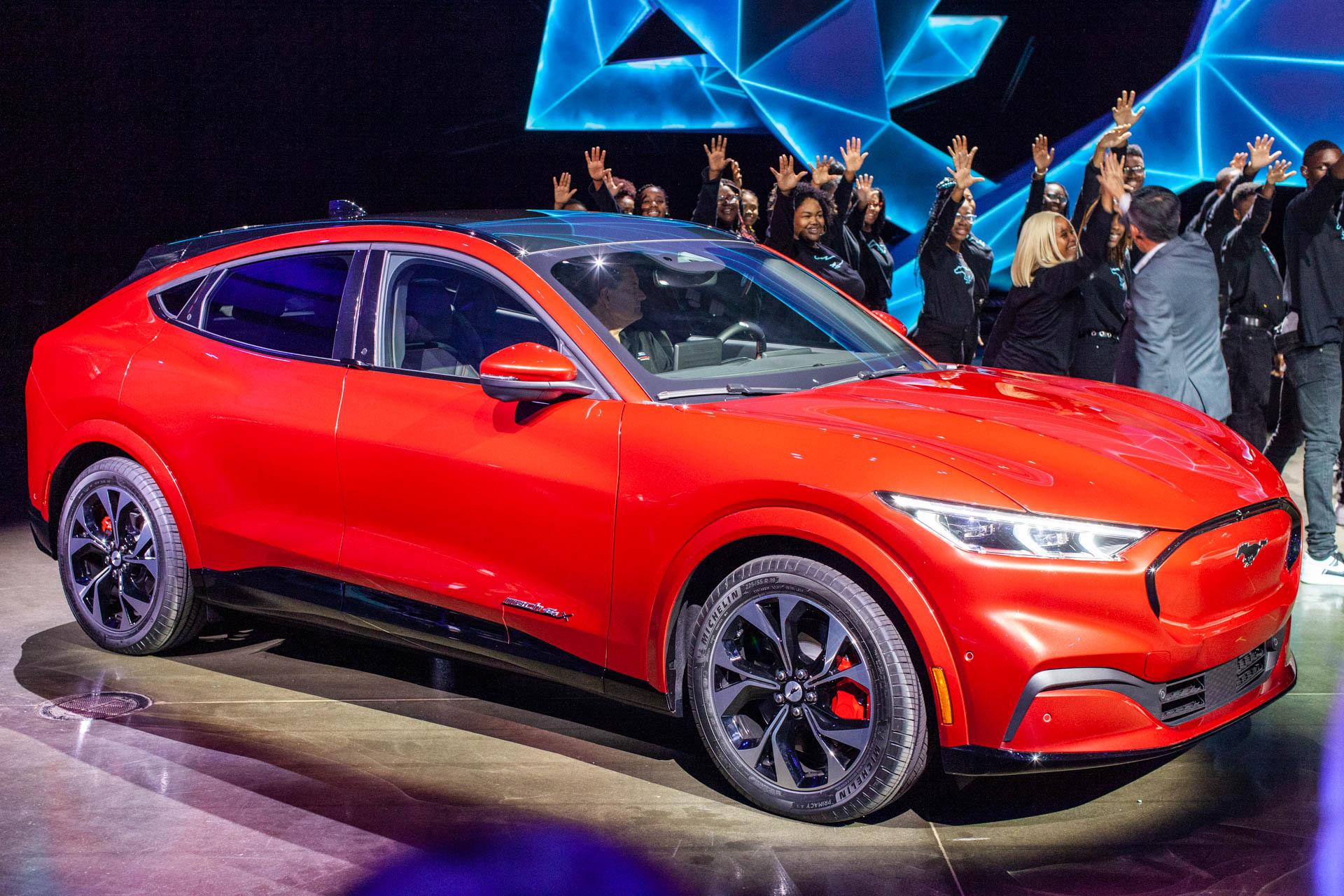 Il S'agit De La Ford Mustang Mach-E 2021 Avec Une Autonomie