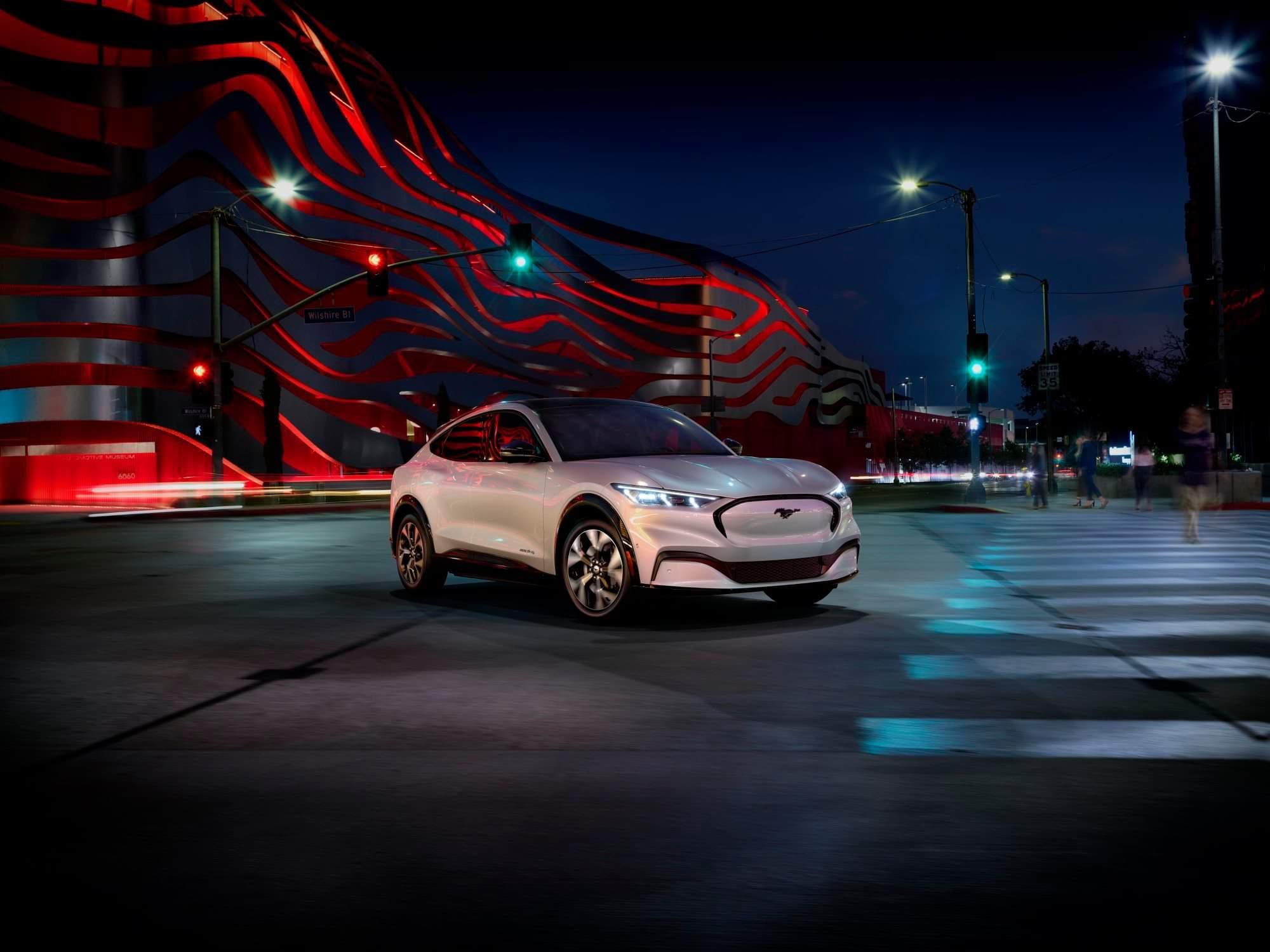 Le Vus Ford Mustang Mach-E 2021 | Léveillé Ford