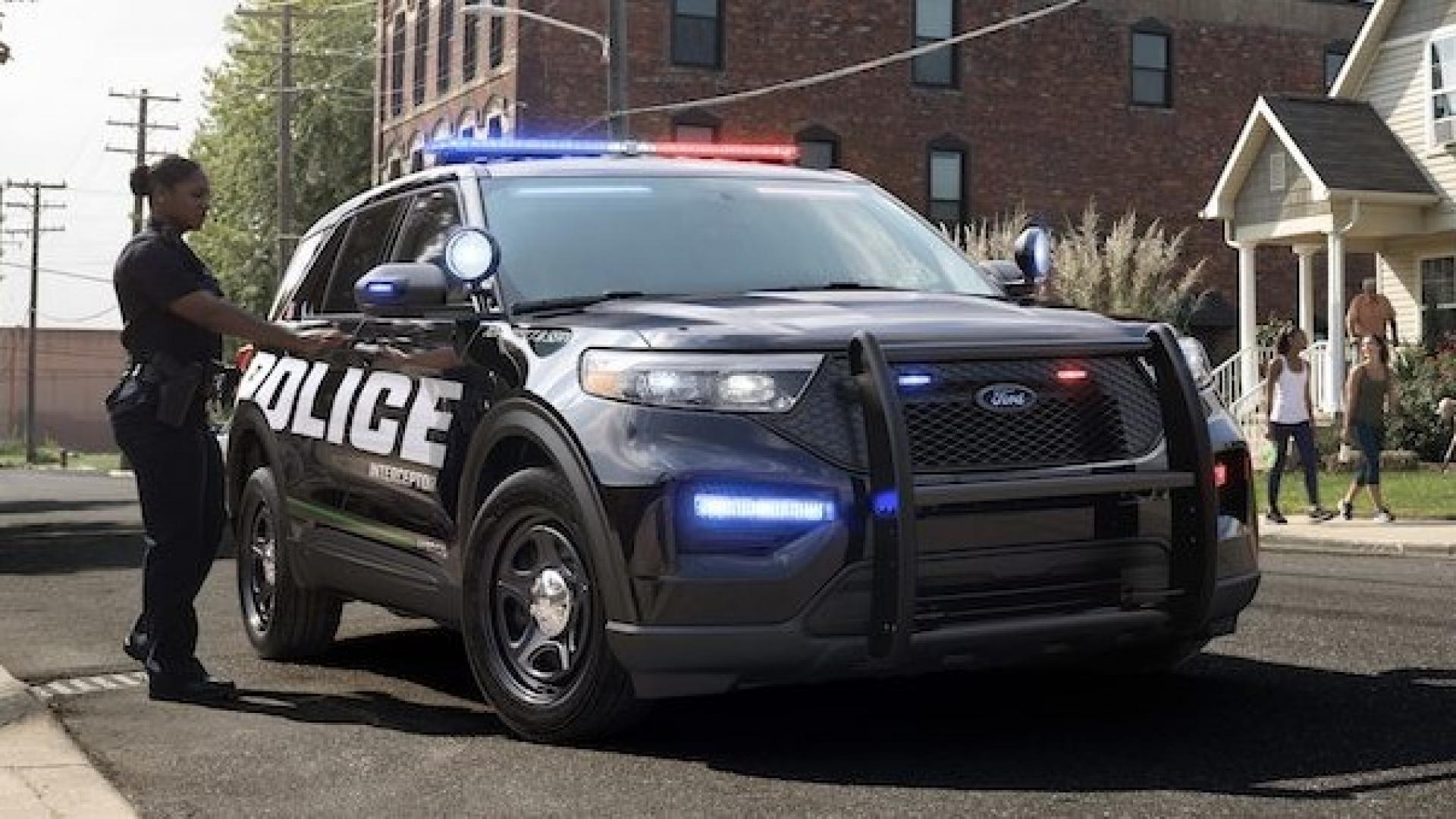 Les Policiers Rouleront Bientôt En Ford Explorer Hybride