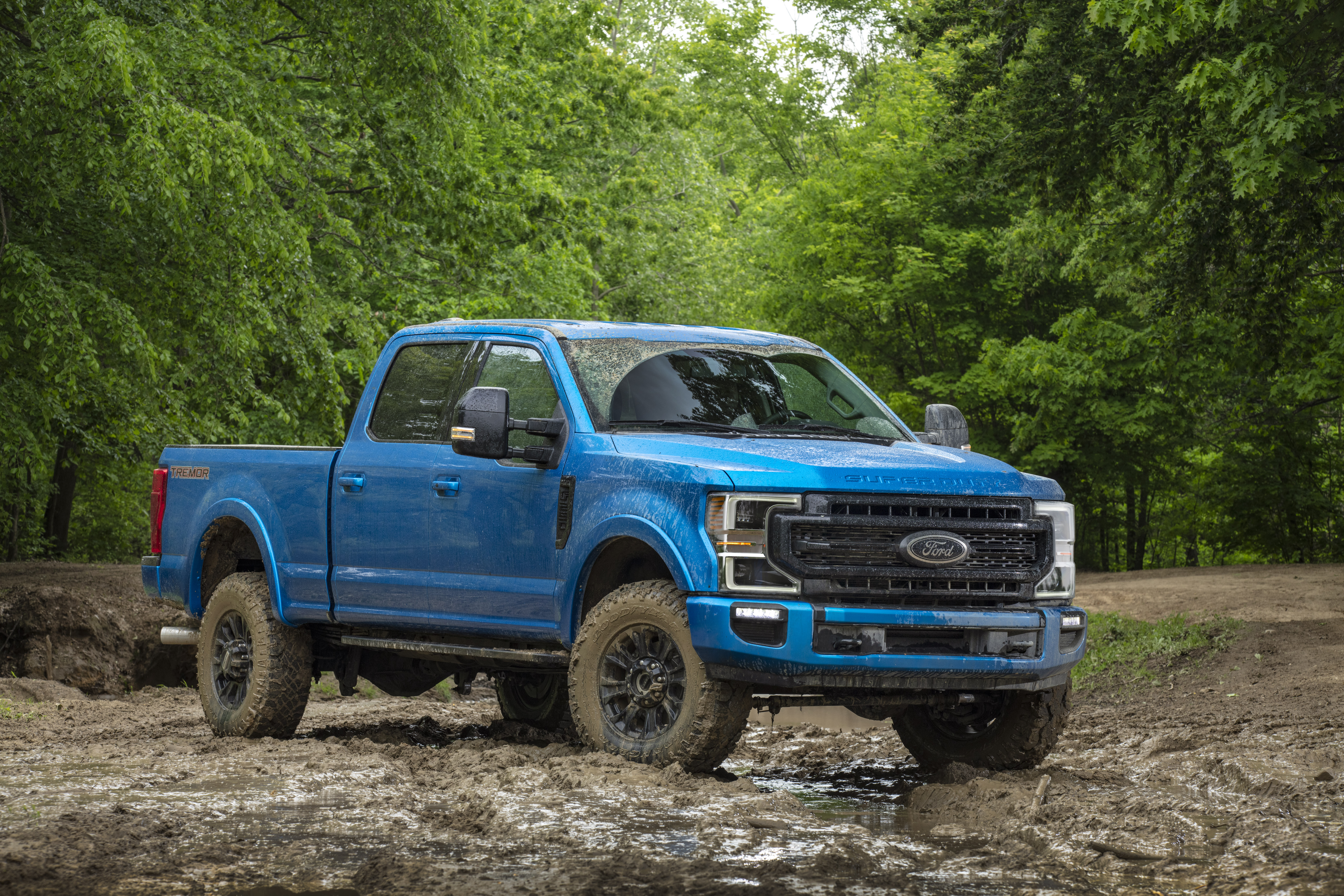 Ford To Release Super Duty Tremor Godzilla Off-Road Truck In