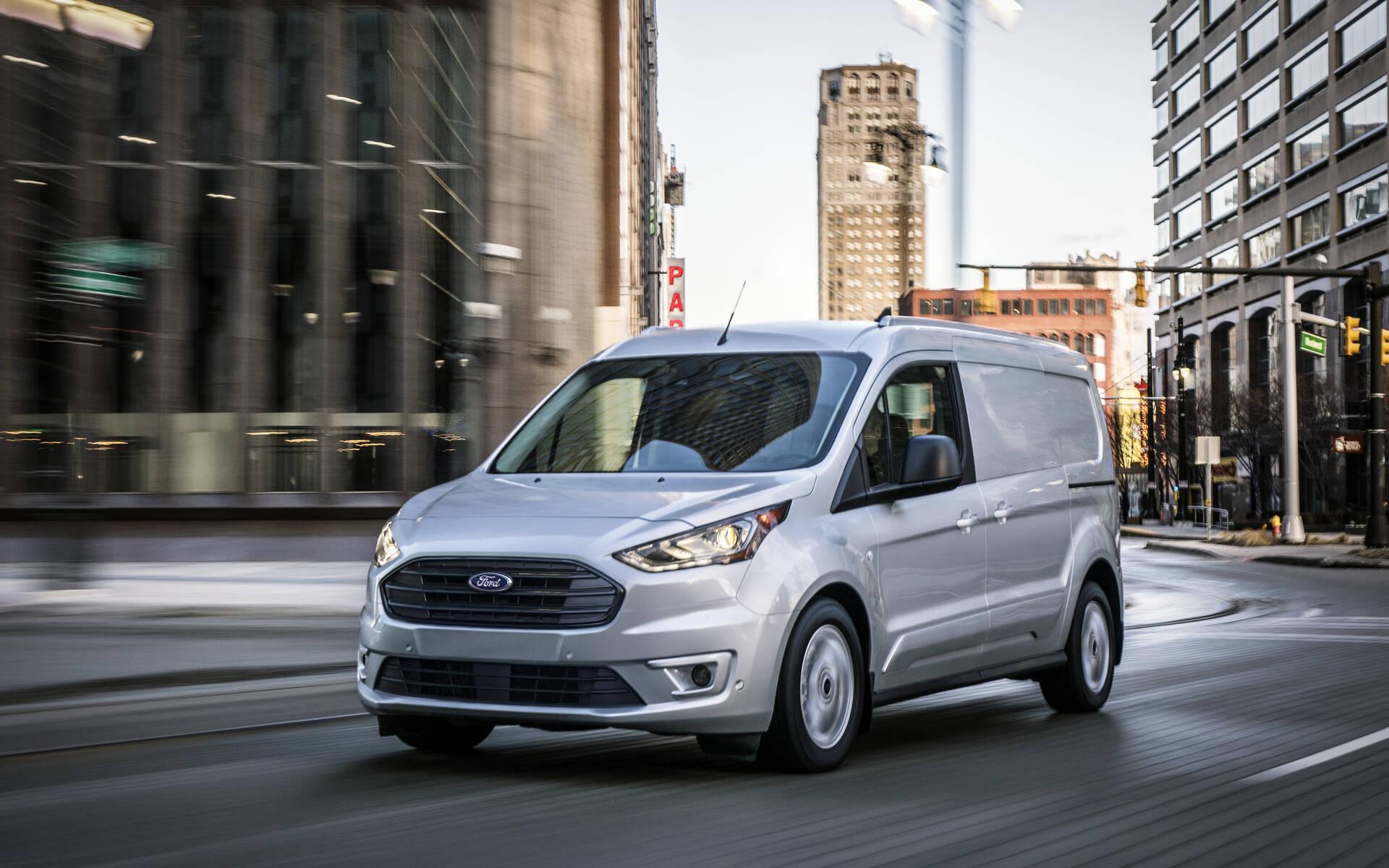 Ford Transit Connect - Les Commerçants Avant Les Familles